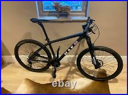 Carbon Fibre Mountain Bike 27.5er MAK CYCLES UK 17 or 18 Hydraulic Air Forks
