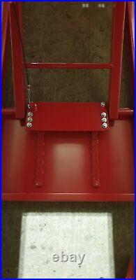 Heavy Duty Wide Platform Motorbike Lift Work Table. 1500 lb Hydraulic Bike Lift