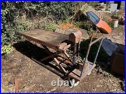 Hydraulic Motorcycle Motorbike Lift Ramp Bench 1000kg Capacity Barn Find 1979