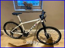 Mountain Bike 27.5er Carbon Fibre MAK CYCLES UK 17 or 18 Hydraulic Air Forks