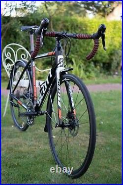 Scott Speedster Road Gravel Bike 105 Hydraulic Disc Carbon Forks New Wheels M